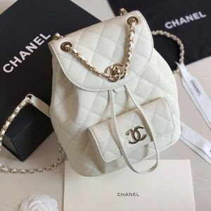 BIG DISCOUNT   I Authentic Chanel bags  new